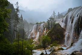 waterfalls-1081703__180